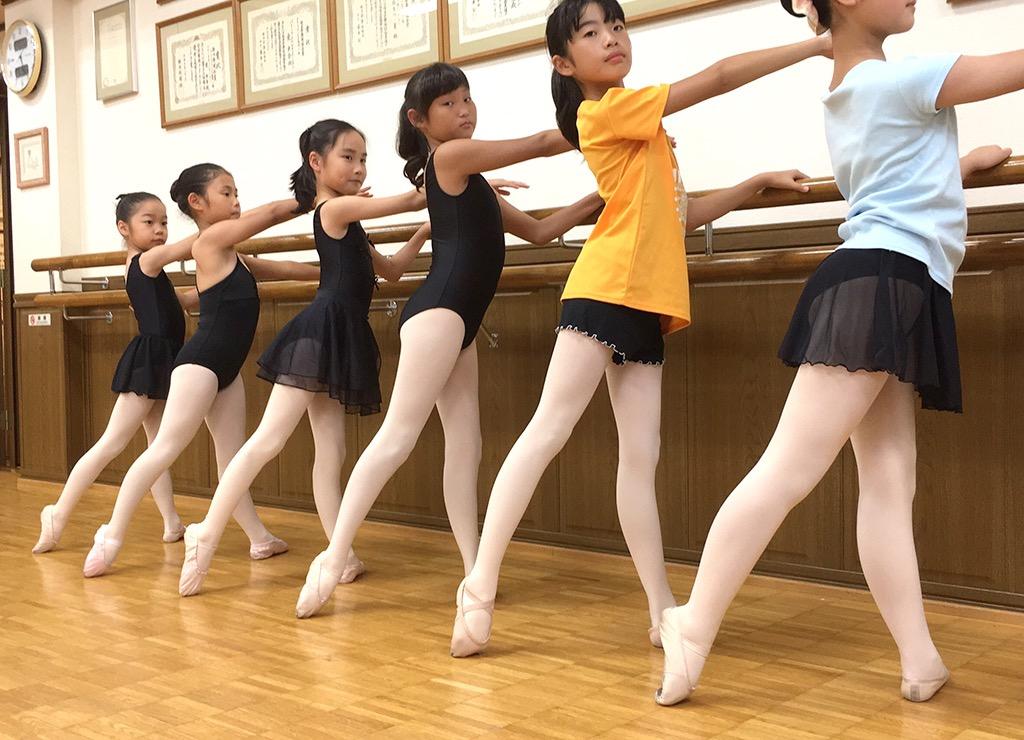 インターミディットBクラス「バレエを通じ、学ぶことの喜びを知る」